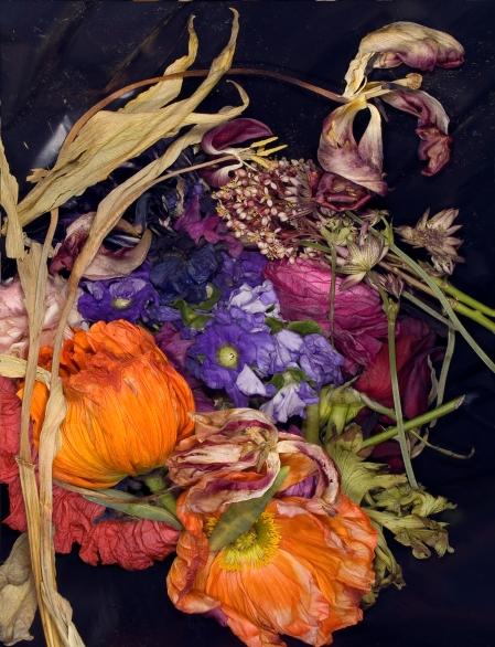 Blossom_Anna-Halm-Schudel_05_Trash-Flowers[1]